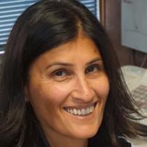 Elena Lavatura